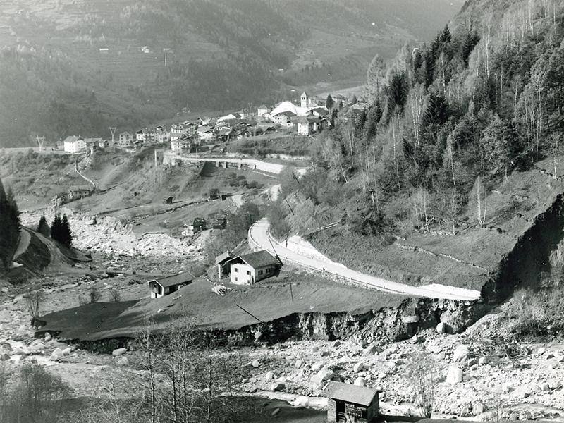 Canal San Bovo e il torrente Lozen dopo l'alluvione del 1966