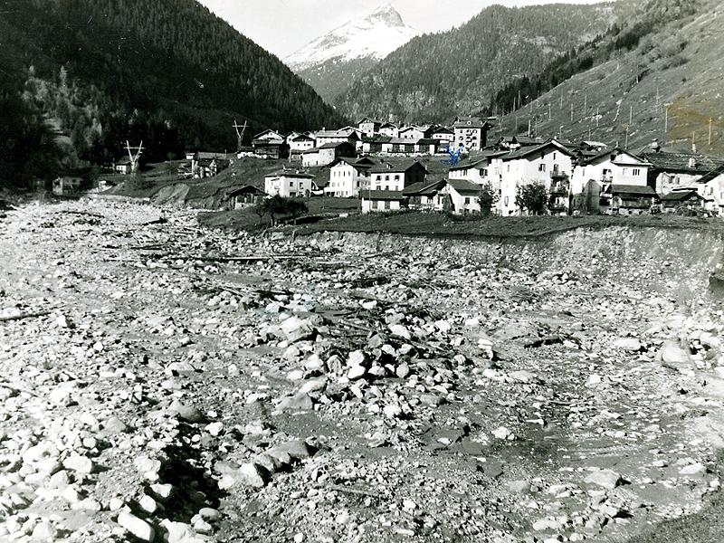 Caoria Reffiei dopo l'alluvione del 1966