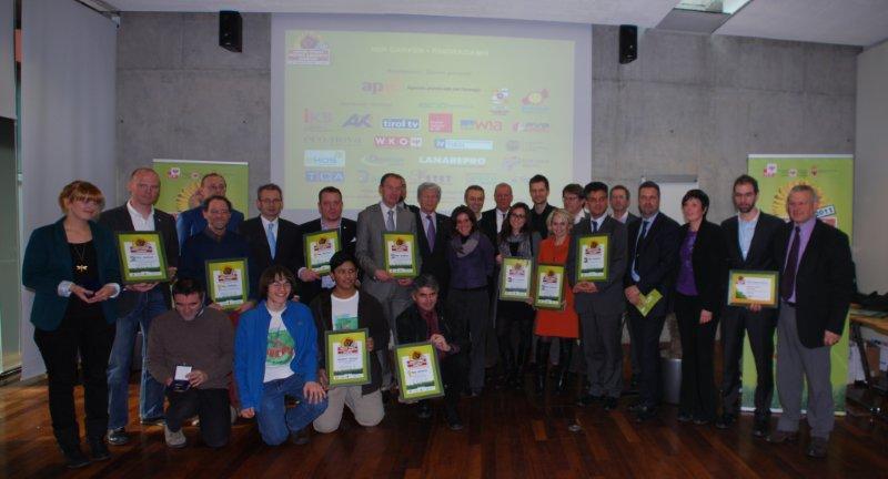 Foto di gruppo alla premiazione. A sx il Presidente Zortea.