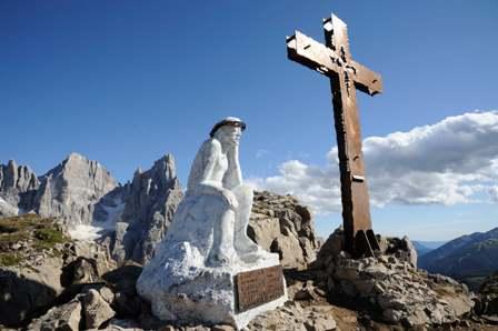 Il Cristo pensante sulle Pale di San Martino