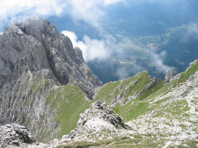La cima del Cimerlo dalla Cima Stanga lungo il Sentiero Buzzati